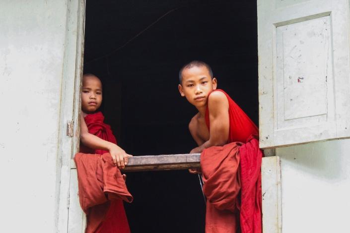 buddhistchildren